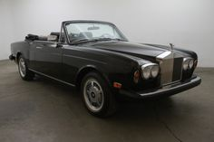 Used 1976 Rolls Royce Corniche Convertible Stock # 05969 in Los Angeles, CA at Beverly Hills Car Club, CA's premier pre-owned luxury car dealership. Come test drive a Rolls Royce today! Newbury Park California, Costa Mesa California, Modesto California, Rolls Royce Corniche, Beverly Hills Cars, Luxury Car Dealership, Rolls Royce Phantom, Rolex Daytona, Automatic Transmission