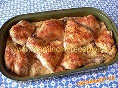 Recepty z jednoho hrnce-Babské kuře Očištěné kuře rozporcujeme na osm dílků.\r\nRohlíky nakrájíme na kostičky, zalijeme mlékem a necháme...