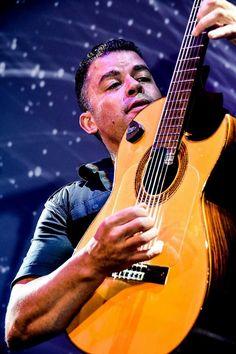 Music Instruments, Guitar, Celebs, Artists, Fotografia, Musical Instruments, Guitars