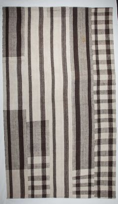 ID: Kilim Undyed 2 Size : 170 x 293 cm /55 x 96 Place of Origin: Southern Turkey Materials: wool Age: 1970s