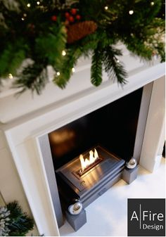 AFIRE Smart ethanol burners – a decoration idea to install a high-tech living room fireplace or give new life to your old existing fireplace Foyers, Living Room With Fireplace, Decoration, Fireplaces, Home Decor, Fire Places, Fire, Trendy Tree, Drive Way