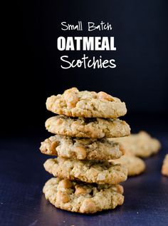 Small Batch Oatmeal Scotchies: subbed the flour out, swapped the brown sugar by using twice the granulated with one of Tate & Lyle golden syrup. Made 9 cookies. Cinnamon Recipes, Caramel Recipes, Oatmeal Recipes, Recipe For Oatmeal Scotchies, Oatmeal Cookies, Cake Merchant, Soft Baked Cookies, Small Batch Baking, Butterscotch Cookies