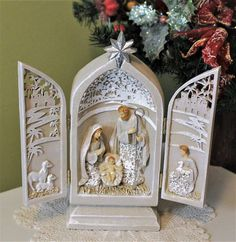 Nativity Set Tryptych Christmas Decor 9 inch Statue Doors Open and Reveal Scene | eBay