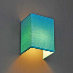 Wandleuchte Vete Aqua: Wandleuchte mit Baumwollschirm in Lime-Grün. Durch den farbigen Lampenschirm erhalten Sie eine besonders behagliche Atmosphäre. #Wandleuchte #kinderzimmerleuchte #kinderzimmerlampe #licht #atmosphäre