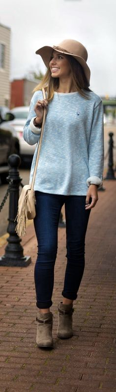 45 Cute Simple Outfits Ideas that'll Never Loose Charm | Cute Simple Outfits Ideas | Simple Outfit Ideas | Fenzyme.com