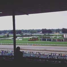 It's #ADayAtTheRaces today at @monmouthparkracetrack for the #haskellinvitational [hosted] @americasbestracing