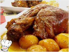 ΚΟΤΣΙ ΜΕΛΩΜΕΝΟ ΜΕ ΜΥΡΩΔΙΚΑ ΣΤΗ ΓΑΣΤΡΑ!!! - Νόστιμες συνταγές της Γωγώς! Greek Recipes, Meat Recipes, Cooking Recipes, Recipies, Chocolate Fudge Frosting, Good Food, Yummy Food, Pork Roast, Chicken Wings