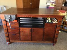 Eric's Stylish Workbench Assembly Table - The Wood Whisperer