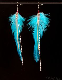 I'm not sure why I like feather earrings, but I do!