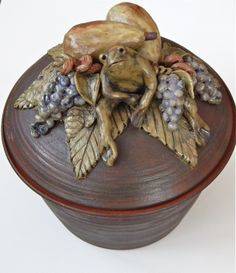 Sandra McKenzie Schmitt pottery.  Frog casserole dish at Good Goods in Saugatuck.  Available at goodgoods.com