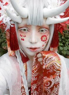 もず (@Mozu_ave414) | Twitter Kawaii Makeup, Cute Makeup, Makeup Art, Cosplay Kawaii, Mode Lolita, Fantasy Photography, Wow Art, Cosplay Makeup, Mo S