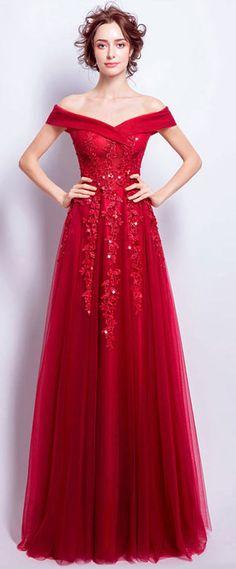 Robe de mariée rouge épaule dénudée avec broderies