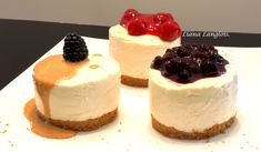 Light, Fluffy & Easy No Bake Cheesecake: http://gracessweetlife.com/2010/04/light-fluffy-easy-no-bake-cheesecake/