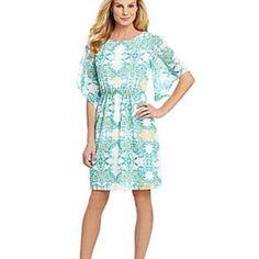 Antonio Melani asberry Dress Size 4 Antonio melani Dress size 4 gently used like new! ANTONIO MELANI Dresses