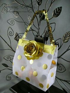 addINKtive designs: SUO 93 - Boxes, Bags and Baskets; includes a link to the tutorial on how to make the bag; this is more about the embellishment of it. Paper Purse, 3d Paper Crafts, Craft Bags, Stampin Up Cards, Gift Tags, Wraps, Gift Wrapping, Gifts, Baskets
