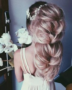 Ulyana Aster Romantic Long Bridal Wedding Hairstyles_05 ❤ See more: http://www.deerpearlflowers.com/romantic-bridal-wedding-hairstyles/2/