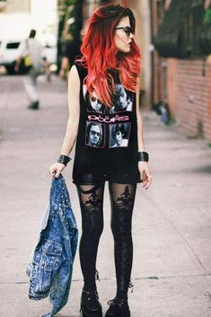 19 Ideas For Clothes Black Grunge Le Happy Indie Outfits, Grunge Outfits, Grunge Fashion, Punk Outfits, Fashion Black, Cute Punk Fashion, Rock Fashion, Fashion Mode, Fashion Sandals