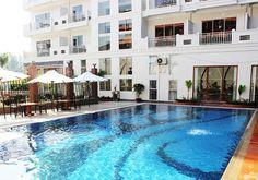 Pool @ Diamond Ocean Resort : Sihanoukville, Cambodia