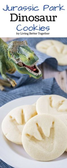 These simple Jurassic Park Dinosaur Cookies are so easy to make and are perfect for a Jurassic World birthday party! Or any dino-related party. Birthday Party At Park, Dinosaur Birthday Party, Birthday Party Themes, Cake Birthday, Birthday Ideas, 5th Birthday, Dinasour Birthday, Dinosaur Wedding, Elmo Party