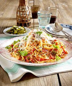 Spaghetti mit No-cook-Tomatensoße
