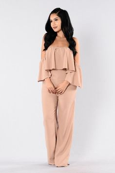 - Available in Camel, Hunter Green, and Taupe - Off the Shoulder - Detachable Sleeves - Wide Leg - Cotton Fall Outfits, Cute Outfits, Fashion Outfits, Womens Fashion, New Wardrobe, Jumpsuits For Women, Going Out, Rompers, Stylish