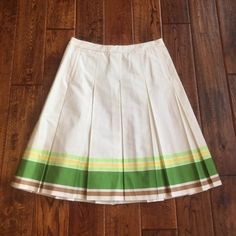 Jcrew pleated vintage lined skirt Adorable for spring! Flattering silhouette. Very good condition. Side pockets too! J. Crew Skirts