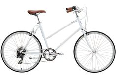 I was recently introduced to the small, independent bicycle company, tokyobike, founded in the quiet Tokyo suburb of Yanaka. The name was derived from the design of the bikes. Much like how the mountain bike was designed for the mountains, the tokyobike was designed for Tokyo.