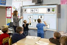 A school teacher and students use the interactive whiteboard as a learning tool in the classroom. The goal is for classroom technology to be productive Education Quotes For Teachers, Education College, Elementary Education, Use Of Technology, Educational Technology, Digital Technology, Education English, France, Learning Tools