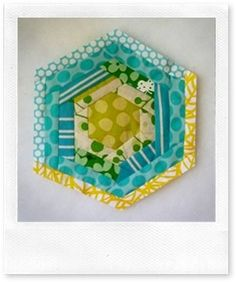 log cabin hexagon (quilt as you go tutorial).