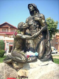 Esculturas de bronce y arcilla . Natasa Bozarova: