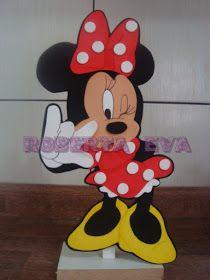 Atendendo ao pedido da leitora ,Pakita Yasmin, de nossa página, Meio Ligado em Artesanato , abaixo alguns moldes dos ratinhos da Disney. ...