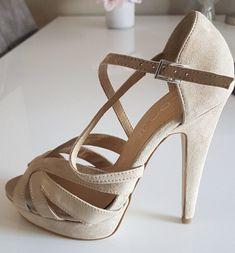 e1ab20b43 Sandalia Noiva, Salto Alto, Sapatos Sandálias, Saltos, Women's Shoes,  Sapatos Formais