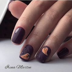 """If you're unfamiliar with nail trends and you hear the words """"coffin nails,"""" what comes to mind? It's not nails with coffins drawn on them. It's long nails with a square tip, and the look has. Square Nail Designs, Fall Nail Art Designs, Hair And Nails, My Nails, Cute Nails For Fall, Nagellack Trends, Autumn Nails, Super Nails, Nagel Gel"""
