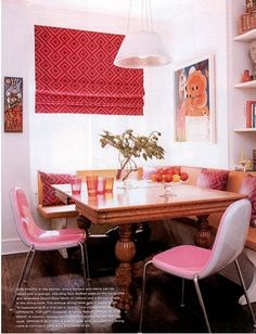 banquette with square, expandable table