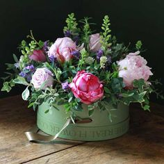 Chelsea 2012 Peony Rose Hat Box Arrangement - From £75.00 - Hat Boxes of Roses from the Real Flower Company: Online Flowers | Petals | Bouquets | Wedding Flowers
