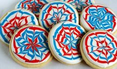 Firework cookies - 15 Great Dessert Ideas for Fourth Of July I of July Sweets and Treats for Kids - ParentMap Patriotic Desserts, Blue Desserts, 4th Of July Desserts, Great Desserts, Dessert Ideas, Patriotic Sugar Cookies, Dessert Recipes, Patriotic Party, Patriotic Decorations