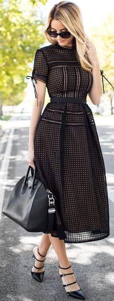 Blackout Eyelet Midi Dress Fall Inspo - Total Street Style Looks And Fashion Outfit Ideas Trendy Dresses, Fall Dresses, Cute Dresses, Beautiful Dresses, Casual Dresses, Dresses For Work, Midi Dresses, Modest Dresses, Midi Skirts