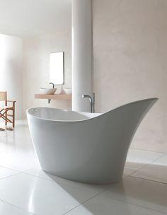 Victoria + Albert Make a sophisticated statement in your Victoria and Albert Amalfi freestanding slipper bath.