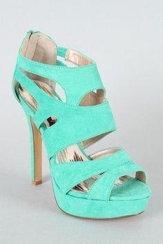 Aqua green heels! Obsessedddd with these!!