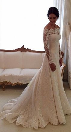 White Off-the-shoulder Lace Long Sleeve Bridal Gowns Cheap Simple Custom Made Wedding Dress.