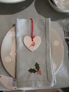Beautiful place settings - why not use one of our pretty ceramic Christmas decorations
