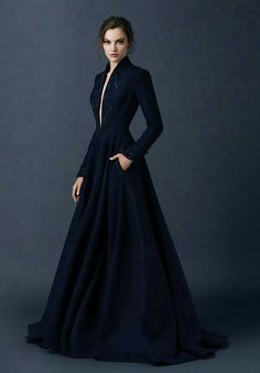 I sooooo want this as my dressing gown! Paolo Sebastian Couture Fall/Winter Navy gown high neck long sleeves a-line embroidery beading pockets plunging neckline Beautiful Gowns, Beautiful Outfits, Evening Dresses, Formal Dresses, Dresses 2016, Modest Dresses, Dresses Online, Evening Gowns Couture, Haute Couture Gowns