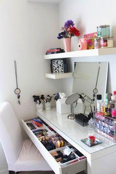 Makeup Organizers5