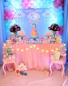 festa infantil chuva de 🦄🍭🥇🍯🍼🍦♥️🍩🍩🍹🎂🍷🍰🍫🥞🍾🥰😁q Gerd v. Rainbow Birthday Party, Unicorn Birthday Parties, Unicorn Party, Baby Birthday, Birthday Party Decorations, Baby Shower Themes, Baby Shower Decorations, Cloud Party, Baby Boy Shower
