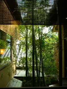 中村好文さんは意中の建築で 俵屋について書くに当たって、すべて部屋を見せていただいたそうです。 その中で「竹泉の間」を選んで宿泊し、あの原稿を書いた・...