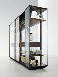 Cabinet Kristal by Molteni&C #salonedelmobile2015 #milanodesignweek #isaloni #design #interiordesign