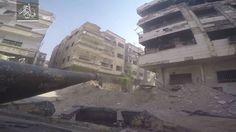 GUERRA NA SIRIA - ON BOARD BLINDADO EM COMBATE - JOBAR DAMASCO