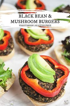 These Black Bean and Mushroom Burgers are moist and full of flavor. They're vegetarian and gluten free. Roasted veggies are added for great meaty texture! Veggie Burger Healthy, Homemade Veggie Burgers, Vegetarian Burgers, Vegetarian Main Dishes, Vegetarian Recipes, Healthy Recipes, Gluten Free Buns, Spinach, Broccoli