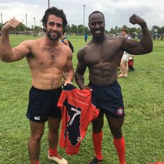 When your team mates looks small from the outside but jacked from the inside when topples. Was an amazing tournament had a good time playing with them boys and also playing against my Florida 7s team mates @roody5000 @rugby_coach_ronnie @senor_pollo_loco @calumwinsor @clemente_frenchie. Thanx to my coach Justin for letting me play even when I showed up late for the game and managed to put my two trys for the weekend  #rugby #rugby7s #rugbymen #rugbywomen #usa #usa7s #rugbyunion #fit #flex…