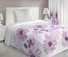 Bielo-ružový prehoz Margarita je dostupný v dvoch rozmeroch: 170x210 alebo 220x240 cm.
